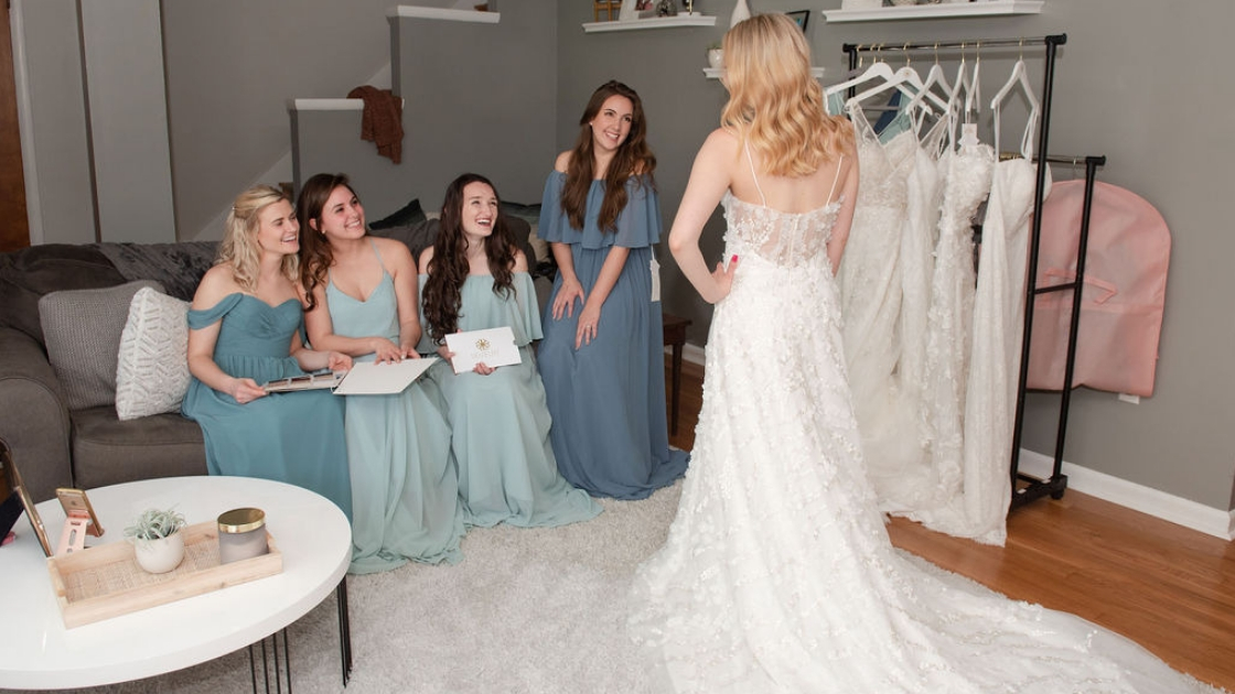 Sarah finally the bride pose i aphrodite lace bridal gown bridesmaids dresses chiffon off the shoulder styles green blue